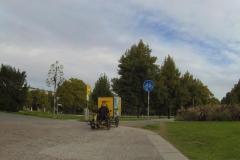 064_Oh - Schwerlastverkehr auf dem Radweg - aber vorbildlich von DHL