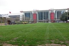 0027 - Das Convention-Center vom Discovery Green Park aus