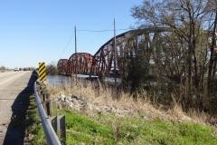 0125 - Na die Brücke hat auch schon bessere Zeiten gesehen