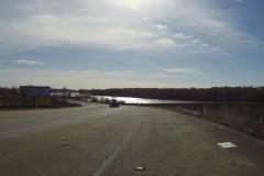 0131 - Ein wenig lässt sich erkennen, wie schmutzig die Straßen sind