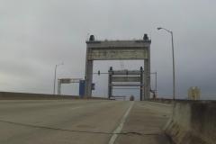 0232 - Diese Brücken haben es schon in sich, in der Höhe, in der Breite und was den Verkehr angeht