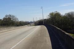 0272 - Oha, da vorne geht die große Brücke über den Mobile-River endlich los