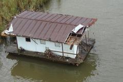0363 - Das Hausboot hat auch schon bessere Zeiten gesehen