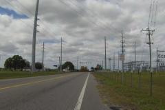 0453 - Kreuzung mit viel Verkehr kündigt sich an
