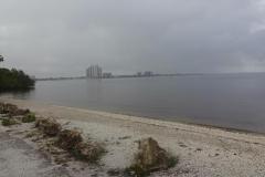 0480 - Im Regendunst taucht Fort Myers auf