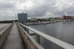 0484 - Blick auf Fort Myers von der Brücke aus
