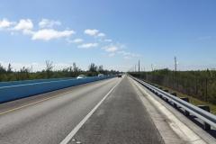0536 - Aber erstmal geht es über den hier noch wenig attraktiven Highway Number One