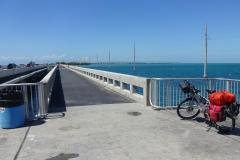 0559 - Das war sensationell, eine eigene Spur für Fußgänger und Radfahrer, abgesetzt von der Straße