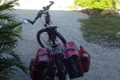 0569 - Fahrrad packen vor meinem Motel in Marathon