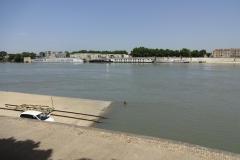 355 - Der Hafen von Arles