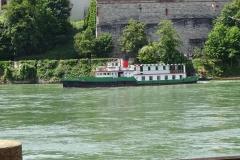 057 - Schiffsverkehr auf dem Rhein