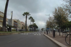 413 - Am frühen Morgen war noch nicht viel Verkehr auf den Straßen