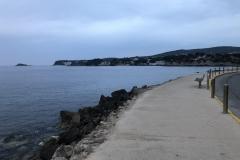 410 - Spaziergang an der Uferpromenade zum Hotel