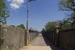 035 - Brücke über den Rhein - da passten kaum zwei Fahrräder anneinander