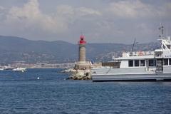 447 - Die Hafeneinfahrt von Saint-Tropez