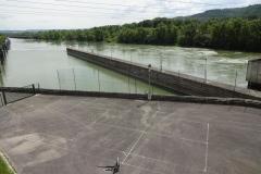 261 - Hier wird die Rhône wirder durch Stauwerke gelenkt