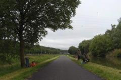 089 - Mal säumen Angler den Weg