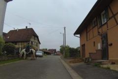 095 - Wenn eine Ortschaft durchfahren wurde, dann zeigte sie sich meist sehr ländlich