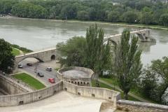 329 - Die Reste der Brücke Pont Saint-Bénézet - die besungene Brücke von Avignon