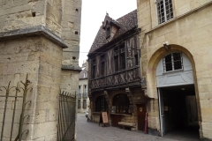 149 - Dijon