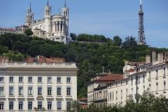 200 - Die Kathedrale und der Tour Métallique