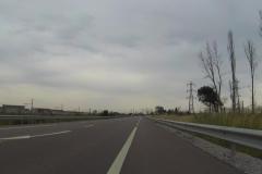 377 - Auf dem Radstreifen auf der Route National