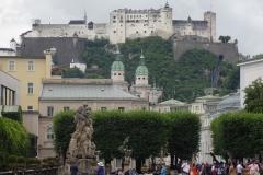 Blick auf die alles dominierende Festung Hohensalzburg