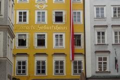 Kaum in der Altstadt ging es schon los mit Göthes Geburtshaus