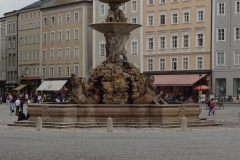 Brunnen vor dem Domplatz