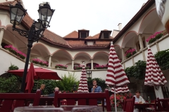 Der Innenhof des Restaurants Alte Post